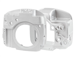 Lightweight and compact ultraprecise cast aluminum body